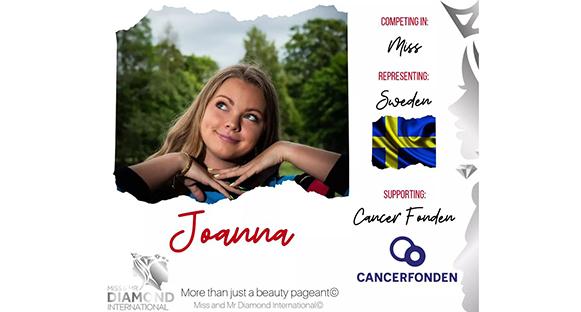 Kollage med Jonna Jansson som ler och tittar snett uppåt.