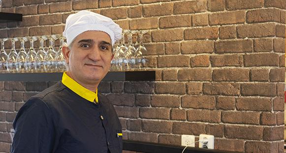 Yasser Reza