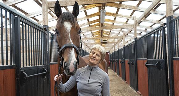 Solweig Gard med hästen Tiger.