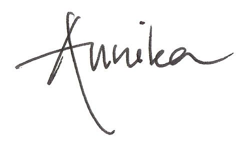 Annikas signatur.