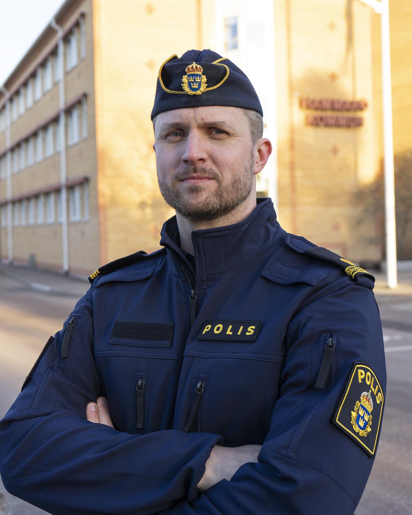 Vår alldeles egna poliskompis Anders.