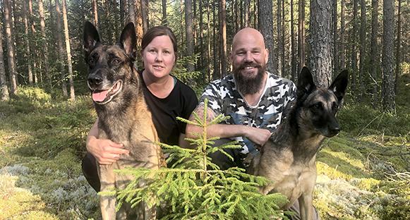 Kristina Svensson med Jubel och Daniel Halvarsson med Hejja.